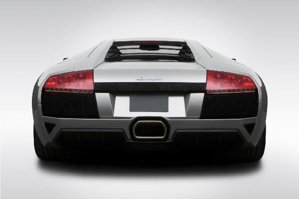 乗り物 のりもの 男の子 ボーイズの壁紙 輸入 カスタム壁紙 PHOTOWALL / Lamborghini from Behind (e6383) 貼ってはがせるフリース壁紙(不織布) 【海外取り寄せのため1カ月程度でお届け】 【代引き不可】