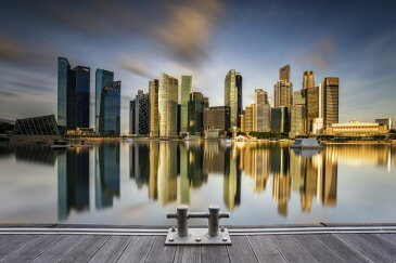 建築 建物 都市 都会 摩天楼の壁紙輸入 カスタム壁紙 PHOTOWALL / Golden Morning in SIngapore (e29449)貼ってはがせるフリース壁紙(不織布)【海外取り寄せのため1カ月程度でお届け】【代引き不可】