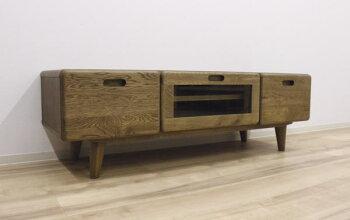 アウトレット展示品・天然木ナラ無垢材使用のテレビ台・脚付きオイル塗装仕上げ120cm
