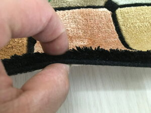 【中国段通シルク玄関マット】「ファミリア」絨毯(じゅうたん)・カーペット・ラグ・絹(シルク)100%・約69×124cm・120段・カラフル・マルチ・ユニーク
