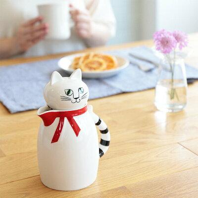 これは飾りたくなるぐらいかわいい。リサ・ラーソンのヴィンテージ作品をリデザインした猫のティーポット