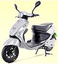 電動付き自転車(原付)の免許で乗れる電気スクーター(電動バイク)ECOエコバイク仕事や通勤、チョットした買い物にとても便利家庭の電源100Vからの充電でできコストが非常に安いです。