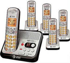 AT&T デジタルコードレスフォン盗聴がされ難く、クリアな音声通話が可能なDECT6.0方式採用デジタル留守電話機能付き電話機親機もコードレス シルバー×ブラックオレンジディスプレイ子機子機増設可能El52500 Cordless Telephone