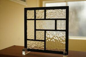 ステンドグラス格子3×3淡い色1
