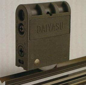 DAIYASU 二次元調整機能付 DWGH-MV/MY 室内引戸戸車 取替え用