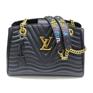 LOUIS VUITTON Shoulder New Wave Chain Tote Black 2WAY Quilted Calf Leather Gift Wrapable Bag [Used]