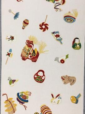 171-白地ちりめん玩具柄小紋!!!七五三の祝い着に!玩具柄♪ちりめん地♪♪白地!!!レトロな柄ゆき!!だるま♪張り子♪羽子板♪♪駒♪♪♪鞠!松岡姫!伊と幸!!!送料無料!