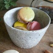 多用途に使える便利なサイズ毎日の定番の器に粉引小鉢<陶芸家高須賀誠>