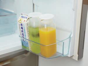 IWAKI(AGCテクノグラス)角型サーバー(ホワイト)冷水筒