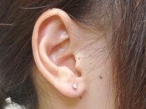 【マラソン201207_ファッション】【マラソン1207P02】片耳ピアスダイヤモンド一粒ダイヤモンド0.05ctホワイトゴールドk18片方の片側ピアスとして