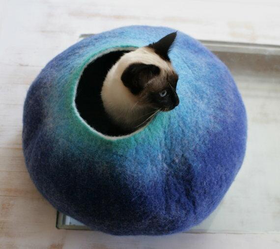 VAIVA フェルトウールキャットハウス/不思議な卵の形をしたやわらかあったかいキャットベッドです/インテリア/猫ベッド/おしゃれ/あったか/冬