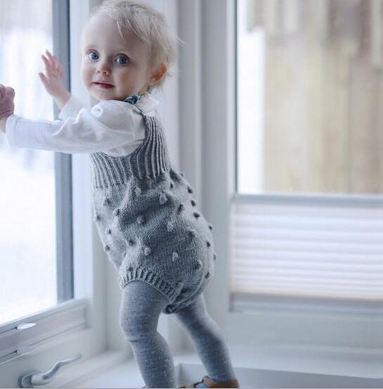 ポンポン ニット サロペット ベビーロンパース つなぎ トップス 子供服 女の子 子供 キッズ キッズ服 ベビー服 赤ちゃん オールインワン カバーオール60cm/70cm/80cm/90cm/100cm