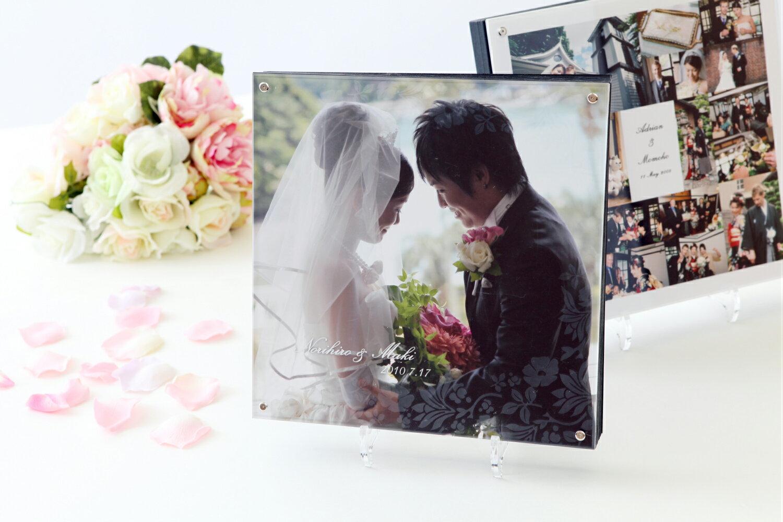 結婚アルバム(人気のアクリル表紙 20P)【日本製】【アニバーサリー】20ページ80カット入る写真データを送るだけ!デザインおまかせ結婚 アルバム シンプルで上品なアルバム:ベビーから結婚式のアルバム屋さん