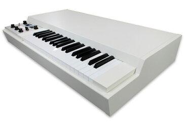 Mellotron M4000D Digital Mellotron【今ならSound Card 02 & Mellotron T-シャツ プレゼント】 【送料無料】
