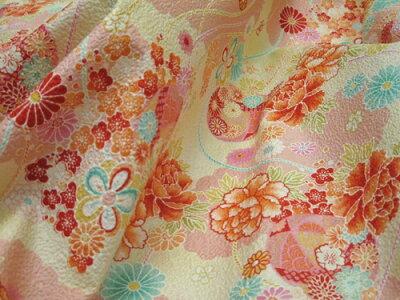 綿ちりめん(エンボス)和柄生地着物風彩華柄ピンク【生地布地和柄ちりめん】