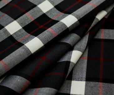 日本製上質先染めウール混平織りタータンチェック 赤いラインがアクセント W巾150cm 防縮加工 布 生地 布地 服地 通販 ウール チェック ウール生地 ウール 10cm単位 チェック柄