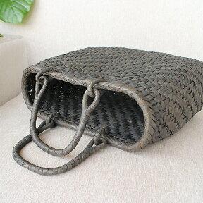 やまぶどう・カゴバッグ/網代編み・削り・灰汁仕上げ・リング手幅34cmx本体の高さ25cmxマチ12cm・重さ540g