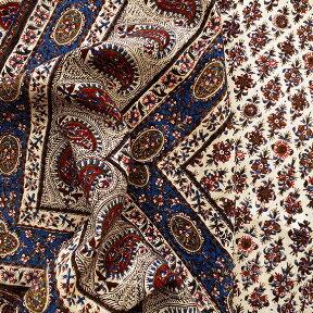 ガラムカールペルシャ更紗240cm長方形・アンティークデザイン・フラワー/ベッドカバー・ソファカバー・マルチカバー・アイデアでいろいろ使えるオリエンタルな手染め布