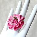 トルコのレース「オヤ」リング(指輪)・手編みレースの花グラデーションピンク