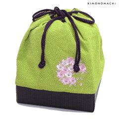刺繍 巾着「抹茶色 桜の輪刺繍