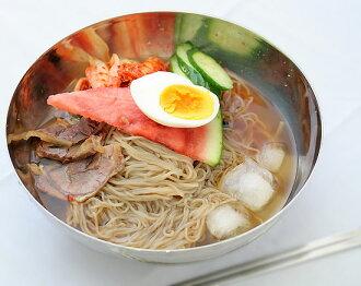 Korean cold noodles with buckwheat flour, [Korea food materials ramen スープレイメン soup noodles.