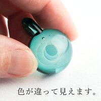 ダイクロ単品ネックレス0203平ひもタイプ着用