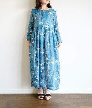 「mori lady」惹きつける白い蓮のリネンワンピース【ブルー】