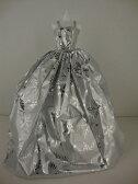 バービー 着せ替え用ドレス/服 Sv2 (The 2014 Christmas Gown in Silver with Snowflakes Made to Fit the Barbie Doll)