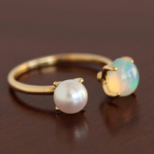 あこや真珠とオパールの指輪
