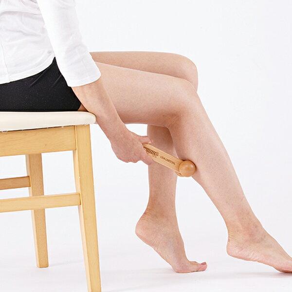 こりを感じやすい首や肩はもちろん、むくみやすいふくらはぎや足首に転がしても快適です。適度な刺激で血行を促進してくれます。