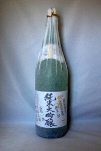 四万十源流の蔵元の純米大吟醸。2003年ANA国内線で販売された商品です桃太郎 純米大吟醸 1800...