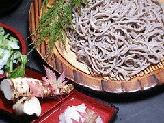 十割生蕎麦、星粉入り(300g、つゆ付き)×2パックセット【幌加内産そば粉使用】