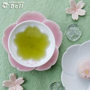桜が咲いたよ♪さくらが咲く 湯呑(煎茶)..-桜 白磁の生地とピンクの桜花が映える♪湯飲み/湯...