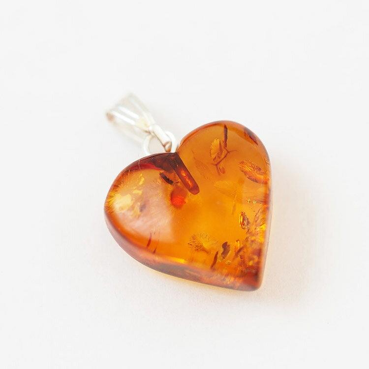 バルト海産 天然琥珀 ハート ペンダントトップ ネックレス付き 天然石 ブラウン イエロー シンプル かわいい レディース