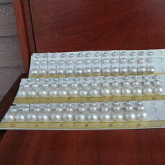 ●6種類の耳元のデザインです。1:<Titan Piace>直結 & ブラ2:<Titan Piace>アメリカブラ3:SV金色アメリカブラ4:ノンホールイヤリング直結&ブラ5:SV白色EGブラ追加1800円6:SV金色EGブラ追加1800円