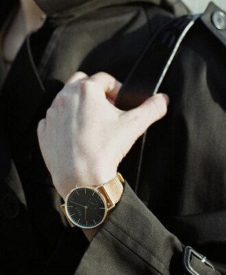 """【2/中旬入荷予定】Knot(ノット)""""クラシックスモールセコンド""""イエローゴールド&ブラック時計本体のみ(ベルト別売り)腕時計/メンズ/レディース/サファイアガラス/日本製/MADEINJAPAN/送料無料"""