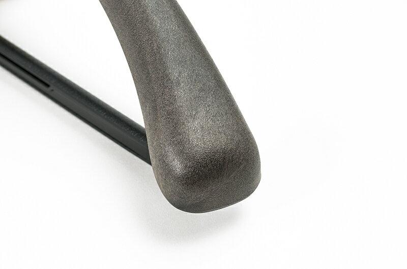 HG4204BRメンズ用 プラスチック 42cm スーツ コート ハンガーフロステッドブラウン 5本セット(1本450円)5,000円(税別)以上 ご購入特典クーポン配布中KOBEL CLOSET 紳士用 セット コーベルクローゼットプラスチックハンガー HANGER