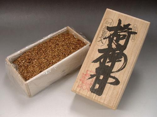 焼香 椅楠香(キナンコウ) 500g 桐箱入:お香・線香・香木の専門店 香源