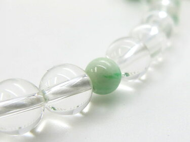 女性用のお数珠水晶8mm玉ビルマ翡翠仕立て