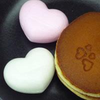 【送料無料】ポイント10倍!和菓子専門店のバレンタインギフト「ハート型最中とどら焼きの詰め...