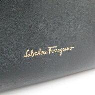 サルヴァトーレフェラガモ バッグ 21 F076