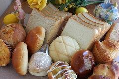 店長お気に入りの14種18個のパン!変わらぬ人気のワガママ福袋! 10P28oct13