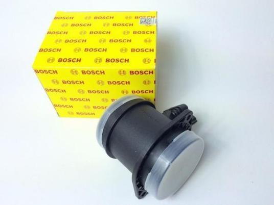 新品即納 ボルボ V70 エアフロ XC70 XC90 S60 S80 エアマスセンサー 0280218088 VOLVO