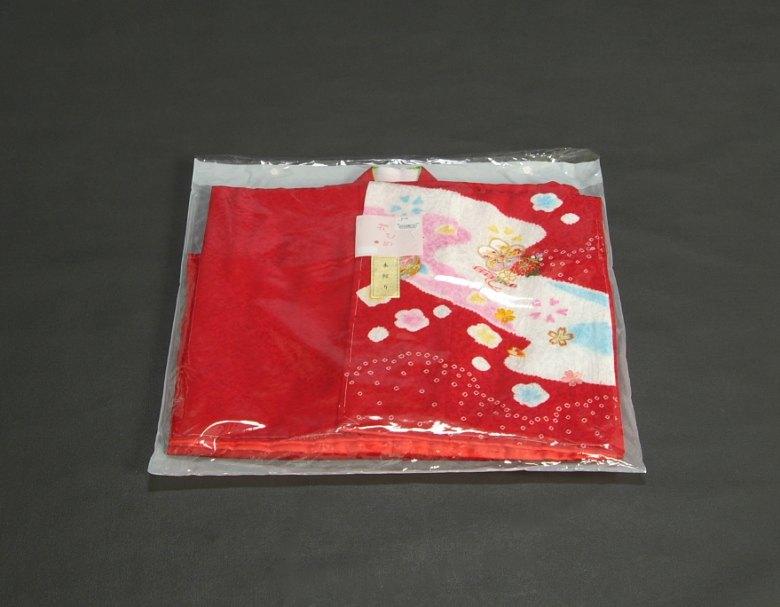 七五三着物7歳 正絹 女の子四つ身着物 赤色 本絞り まり桜刺繍使い 日本製