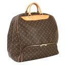 b89d3f625b6eca 下部にシューズ用のポケットが装備されたスポーツバッグ!スポーツをする際に最も使い易いバッグですが、旅行などにも活躍してくれますよ♪ ブランド  ルイ・ヴィトン ...