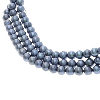 Ladies Pearl Necklace silver