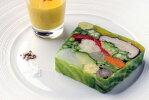 Lesenfantsgates(レザンファンギャテ)元気野菜のテリーヌ(サフランクリームソース付)