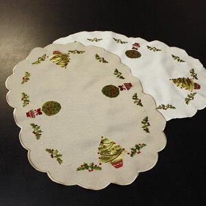 ami-bruggeのクリスマスグッズ2011新作入荷!クリスマスツリー刺繍テーブルセンター(ランチョ...