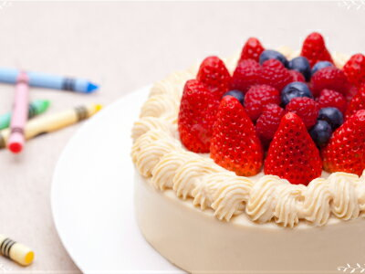 みどりや化粧品店『ラシュシュバースデーケーキキットお豆腐のショートケーキ』