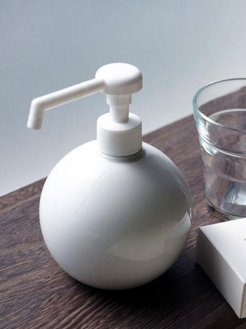 【Globe】グローブ シャワーボトル 除菌 無地 磁器 丸 ディスペンサー 日本製 ロロ 350ml ウィルス対策 インフルエンザ予防の写真